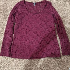Floral lace long sleeve top
